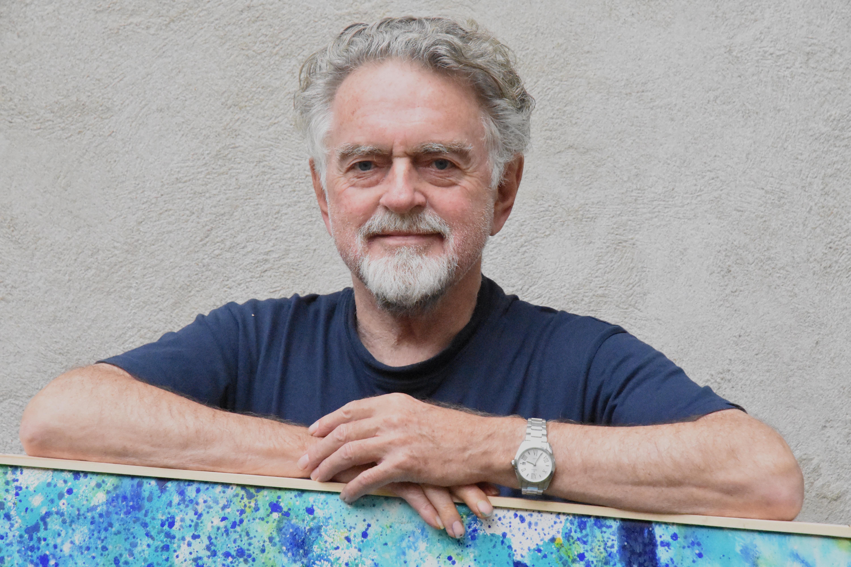 Fredericia Kunstforening byder velkommen til endnu en spændende kunstudstilling, denne gang med hele Danmarks Erik Clausen
